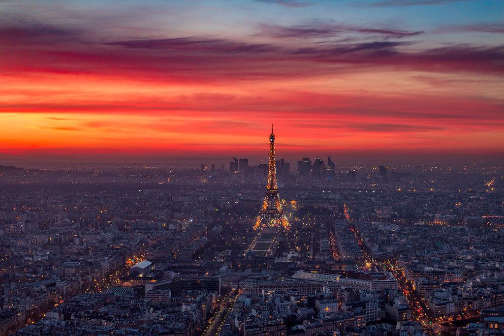 ilirjan rrumbullaku - Sparkling Eiffel Tower