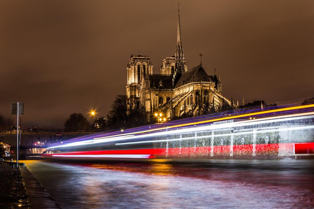 DANIEL HACHE - Notre-Dame Paris