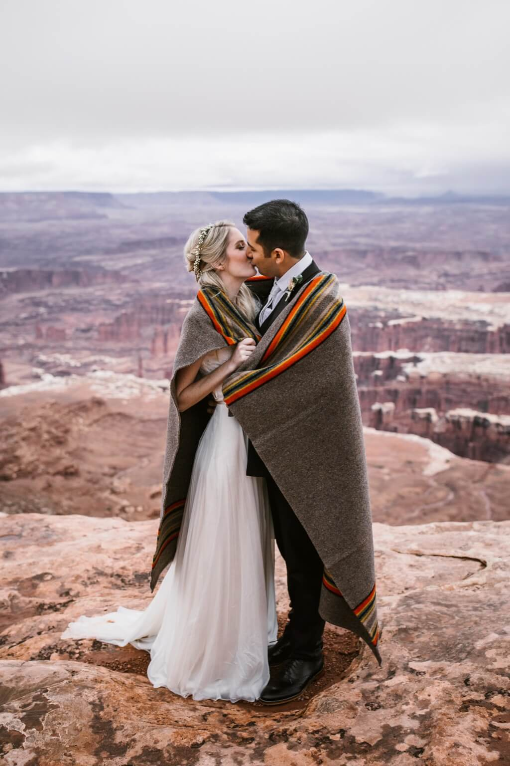 Hearnes Elopement Photography - Canyonlands National Park Moab Wedding