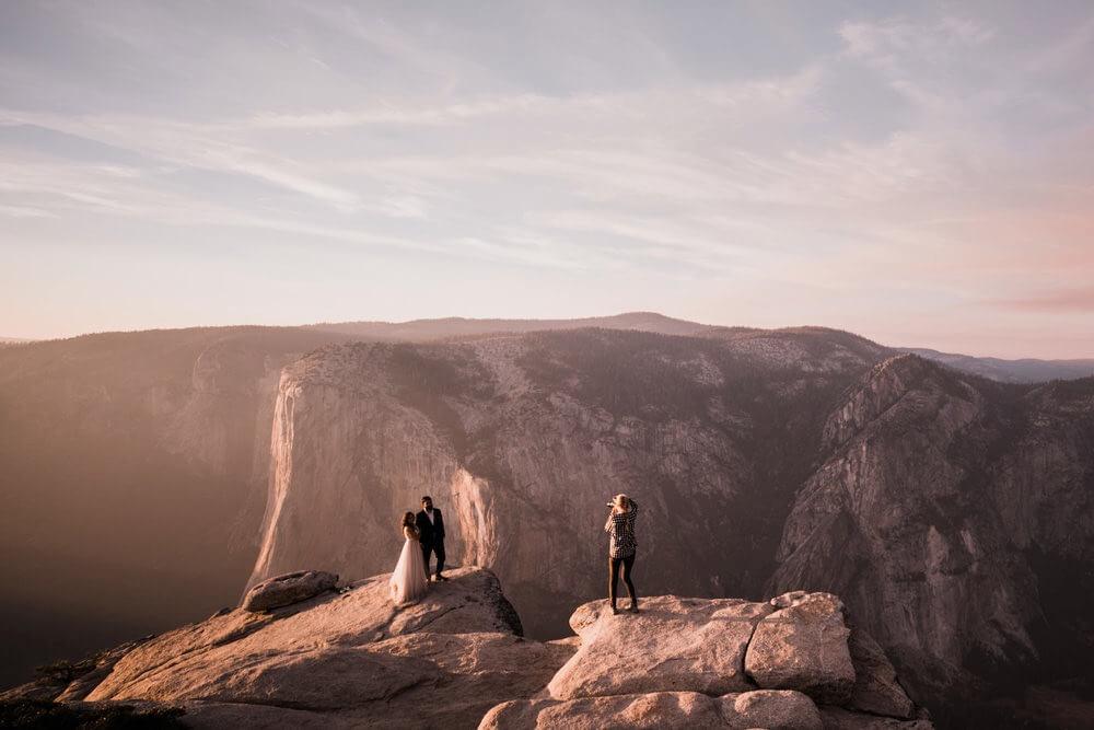 Hearnes Photography - canyon wedding