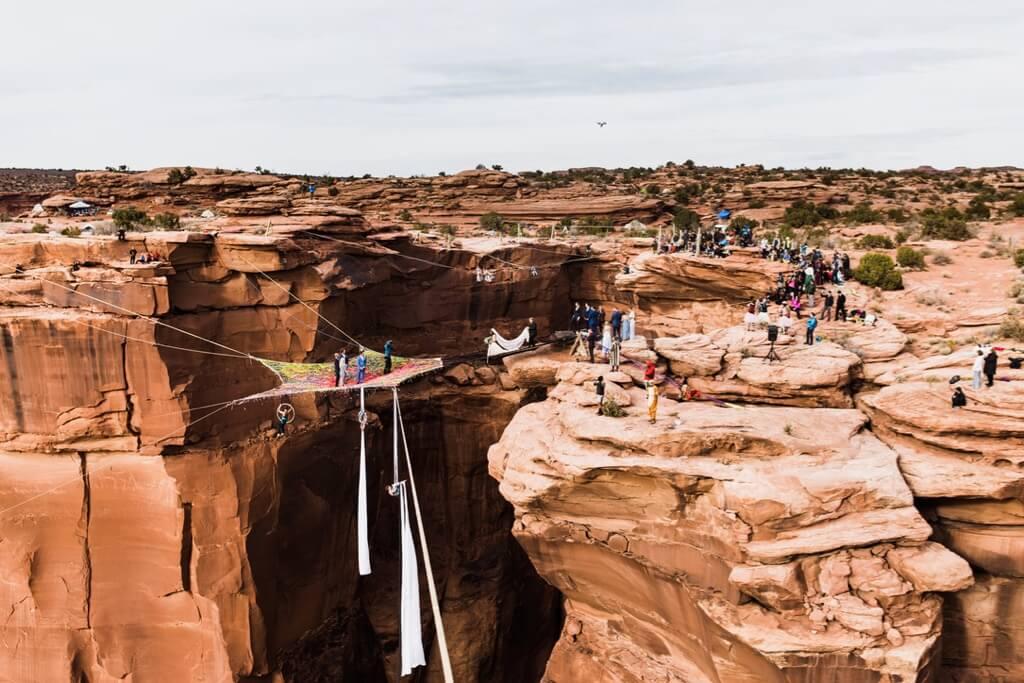 Hearnes Elopement Photography - moab canyon spacenet wedding