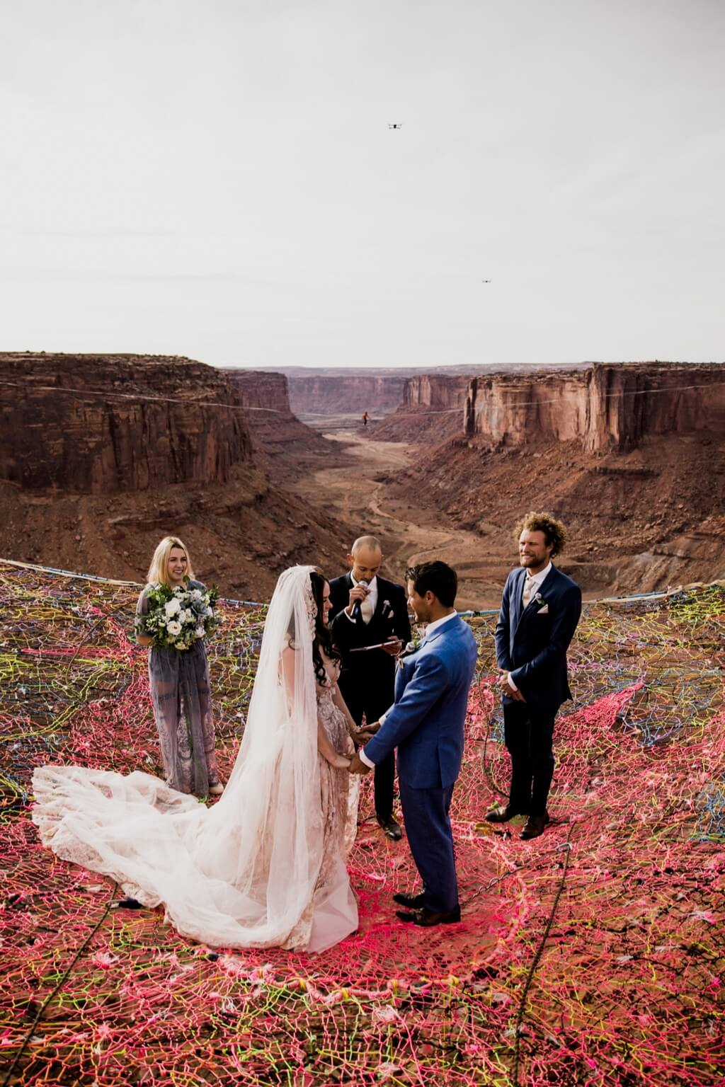 Hearnes Elopement Photography - moab canyon spacenet wedding