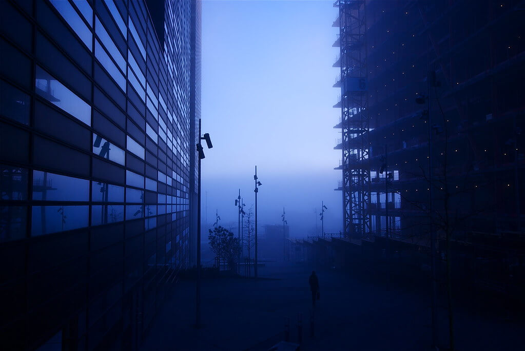 geir tønnessen - blue skyscraper