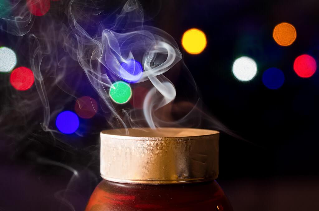 gporada - Smoking Candle