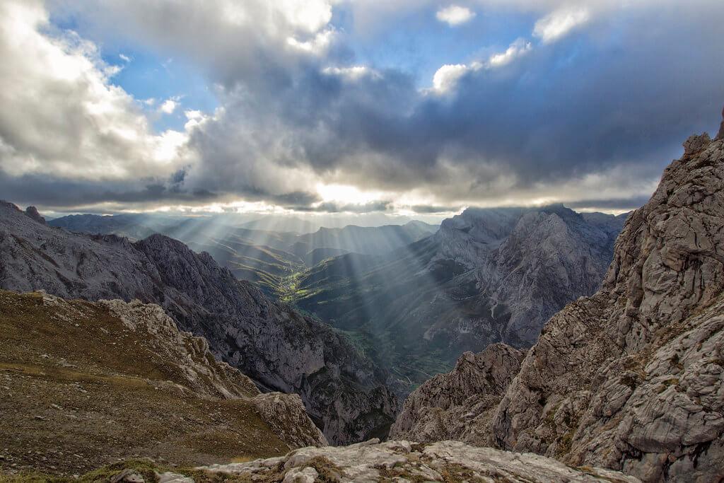 Alejandro Garcia Bernardo - Casares Mountains