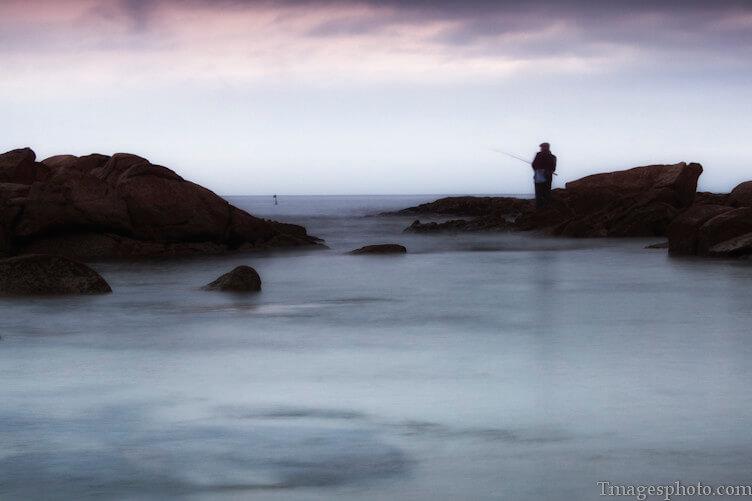 Tiago Pinheiro - fisherman long exposure