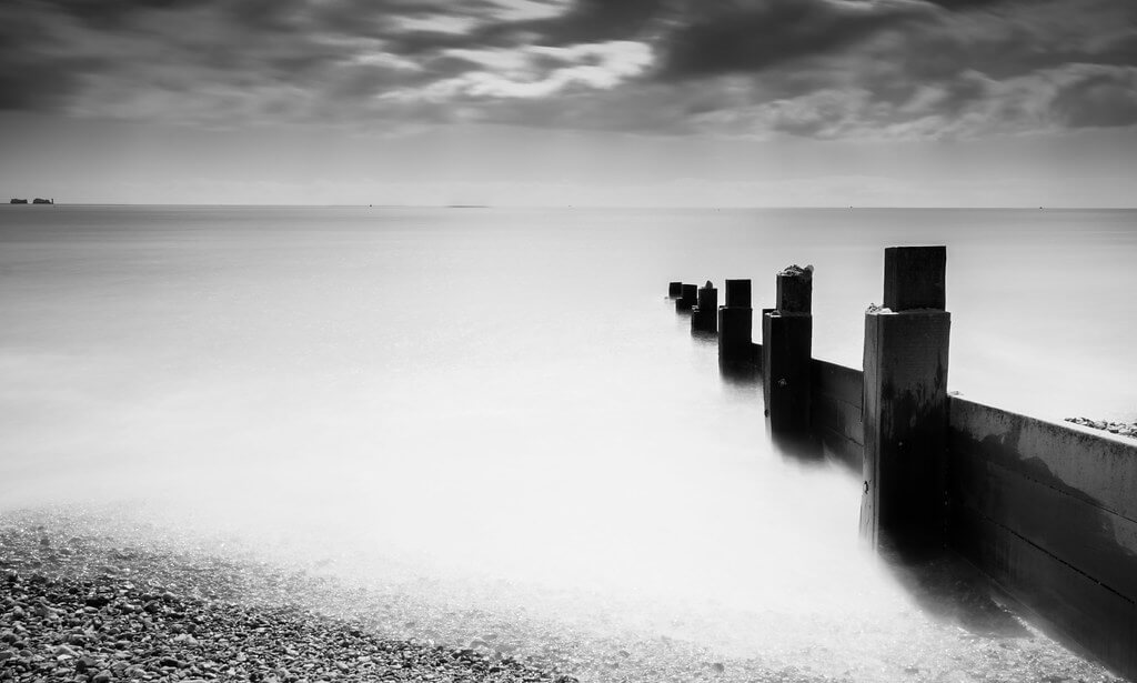 Kev Browne - Milford-On-Sea B+W Groyne