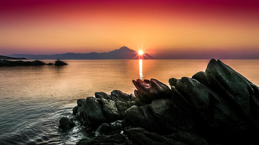 Елена Пејчинова - sunset Mount Athos