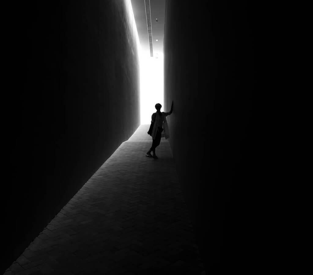 Daniel Turan - silhouette