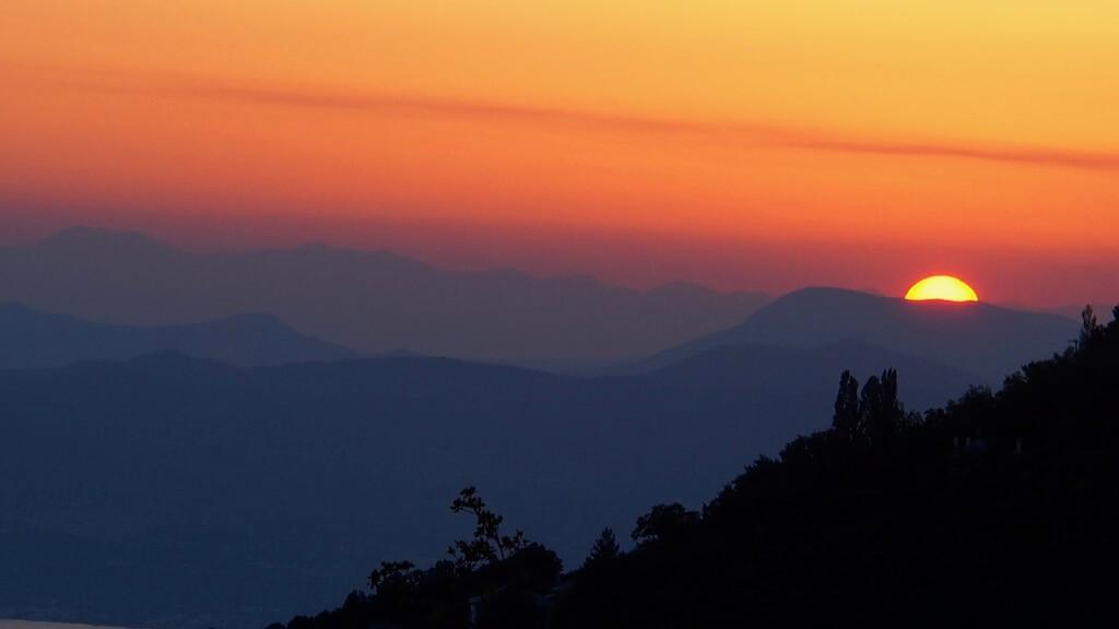 Avi Shvartz Sunset