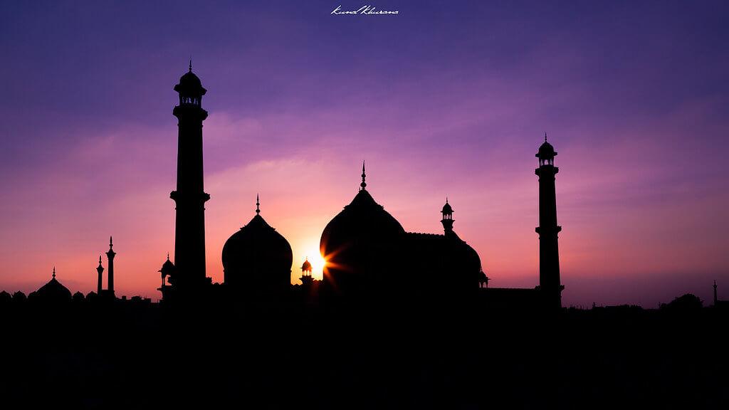 Kunal Khurana - Mosque Silhouette