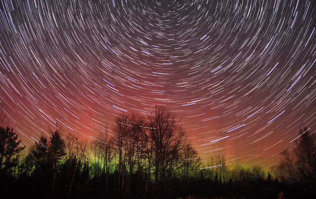 Mike Lewinski - star trail with aurora borealis