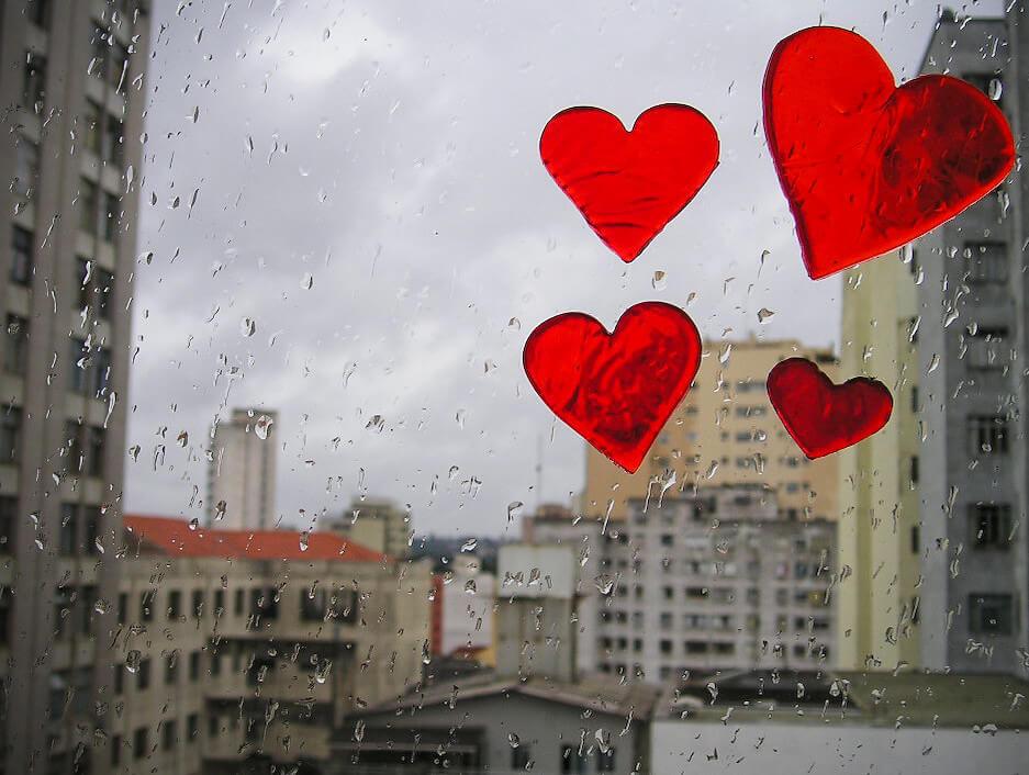 tainara . - heart stickers on window