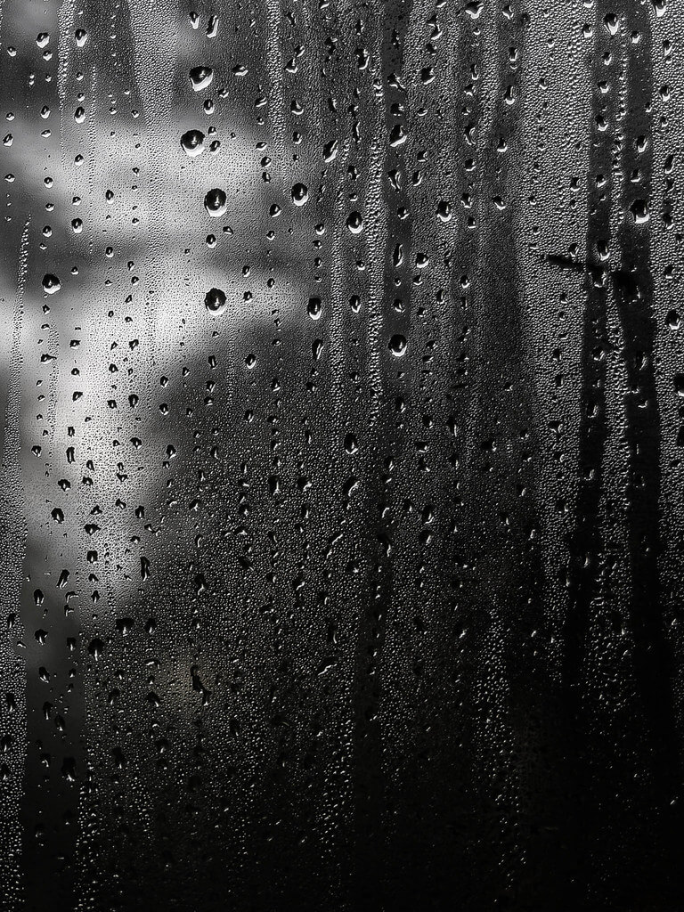 Lorenzo Frullini - Rain Drops on Window