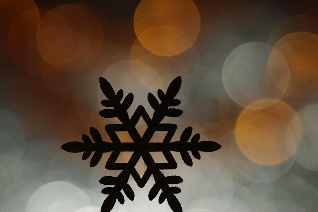 Elisabeth patchwork - bokeh with snowflake