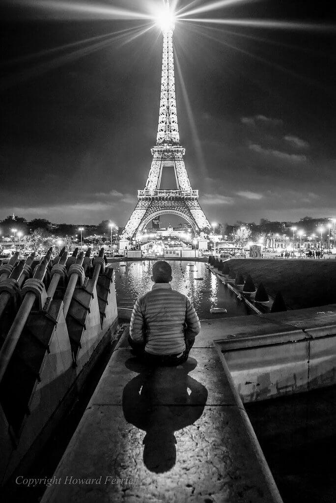 Howard Ferrier - light show Eiffel Tower