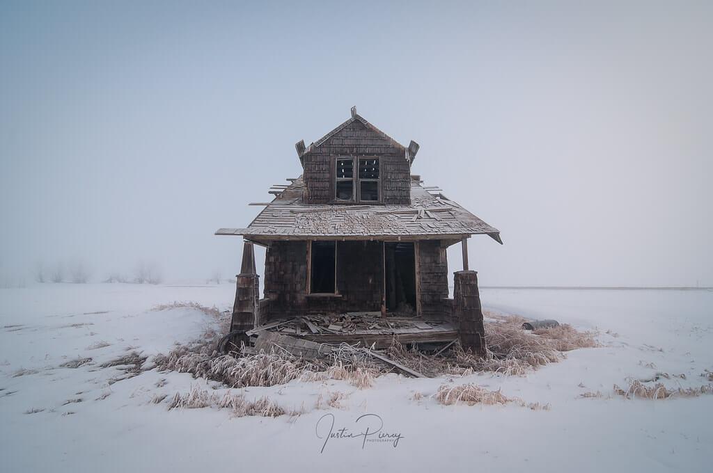 Fistfulofpowder - abandoned house