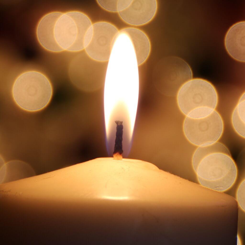 Douglas Thayer - candle bokeh