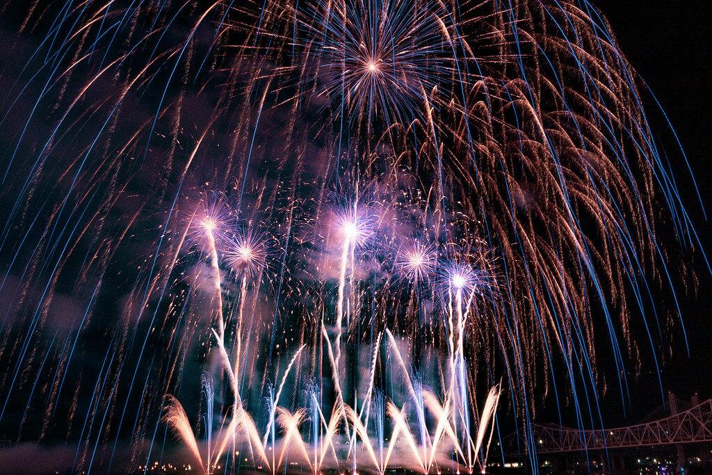 Erik F - Kentucky Derby Festival Fireworks
