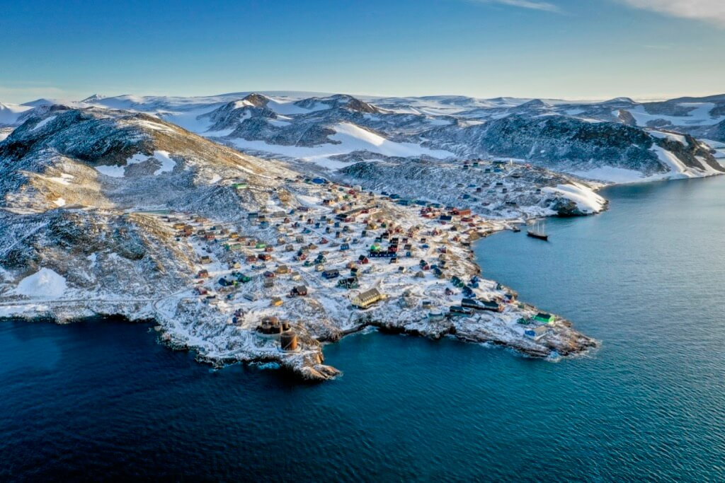 Ragnar Th Sigurdsson/Arctic-images - Ittoqqoormiit Village, North side of the Scoresby Sound, Greenland