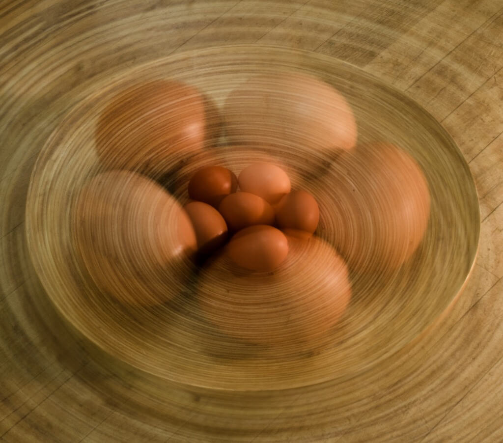 Graham Marshall - Zoom burst on eggs
