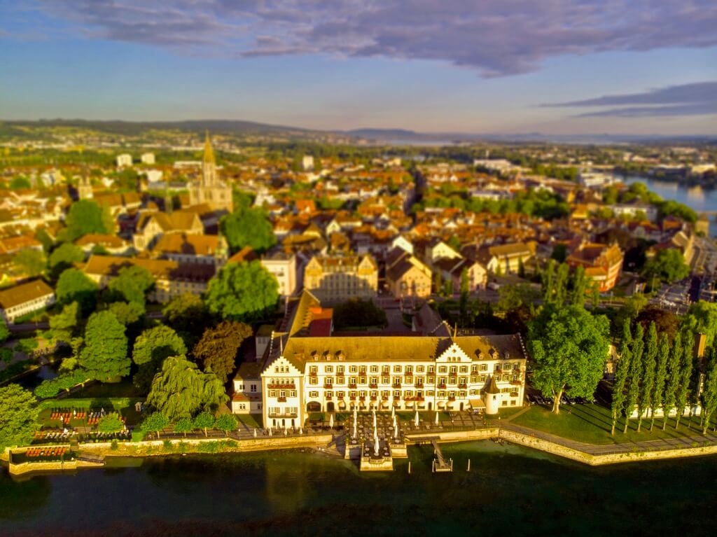 Paul Newton - Steigenberger Hotel, Konstanz, Germany