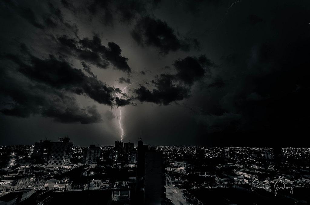 Enio Godoy - Storm