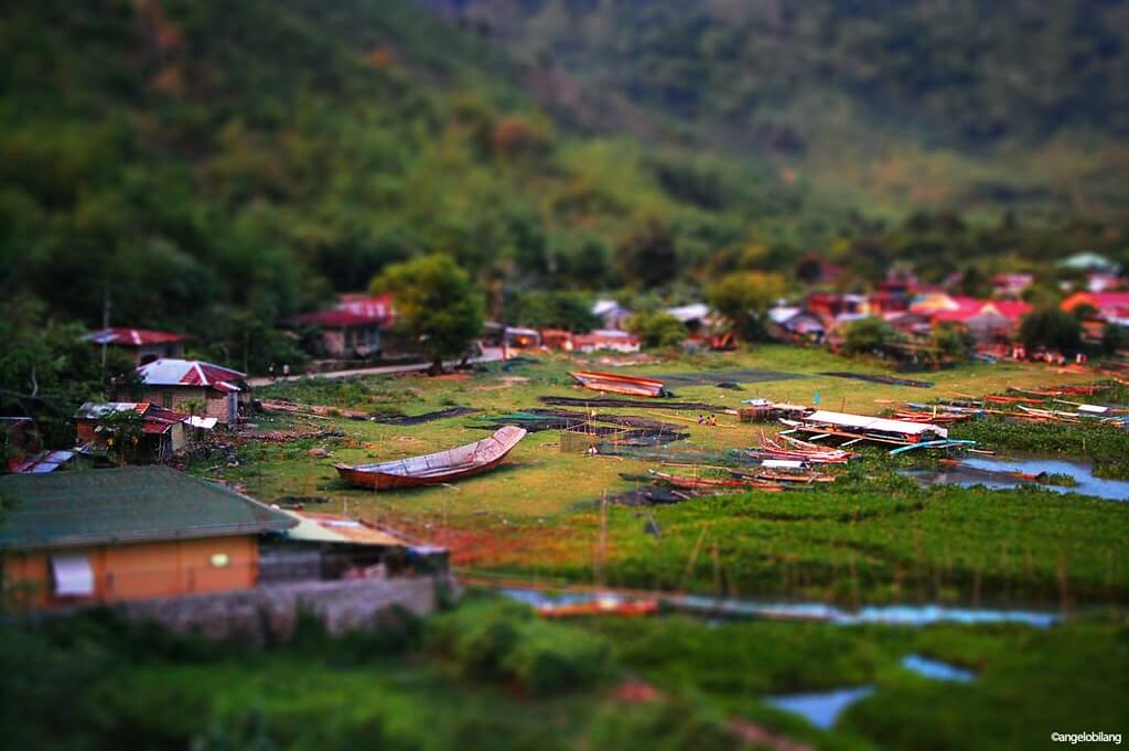 Angelo Bilang - Mini Barangay