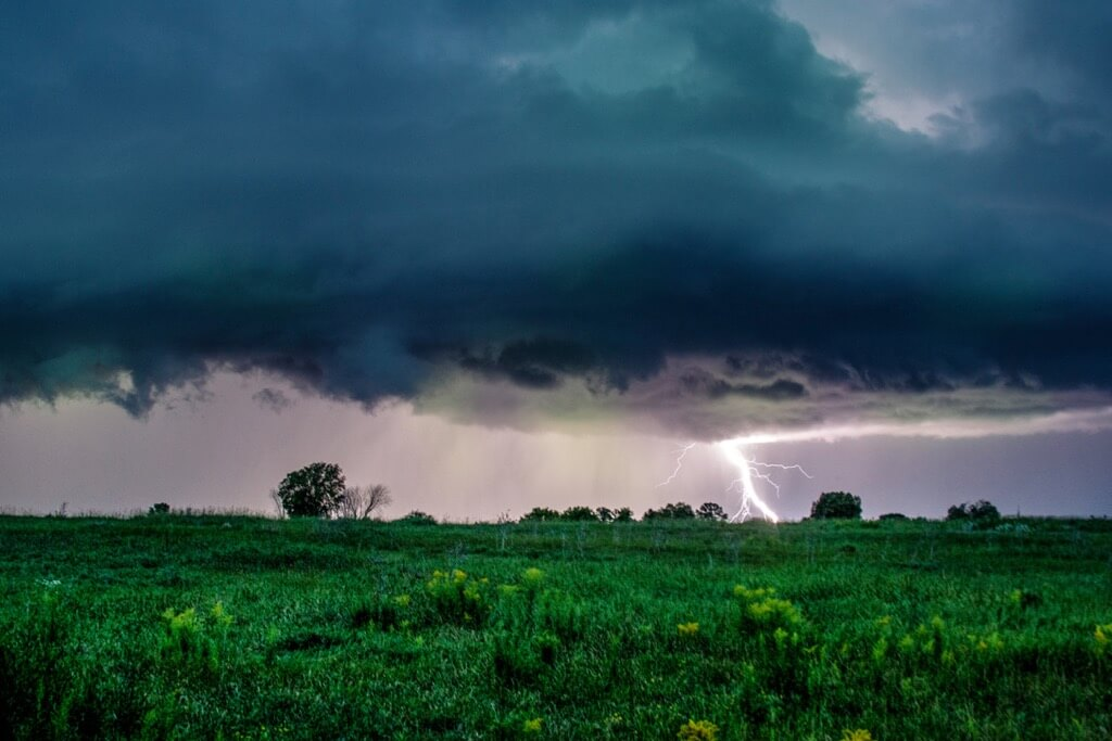 Daniel Martin - Lightning in LaPasse, Ontario