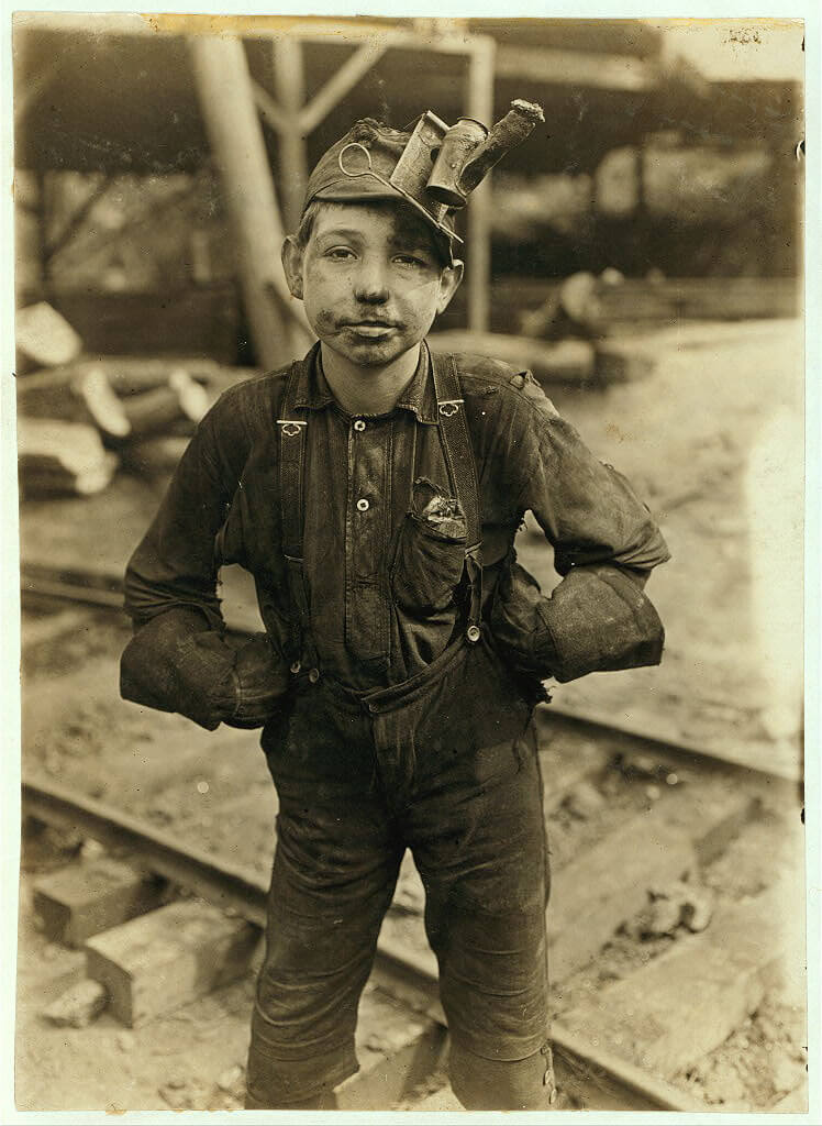 Lewis Wickes Hine - tipple boy