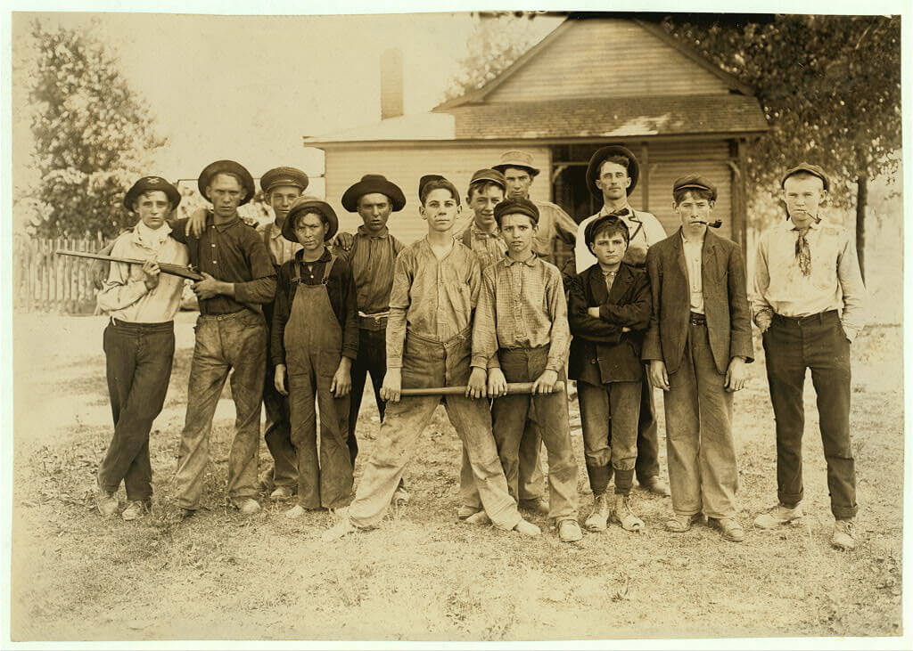 Lewis Wickes Hine - baseball team