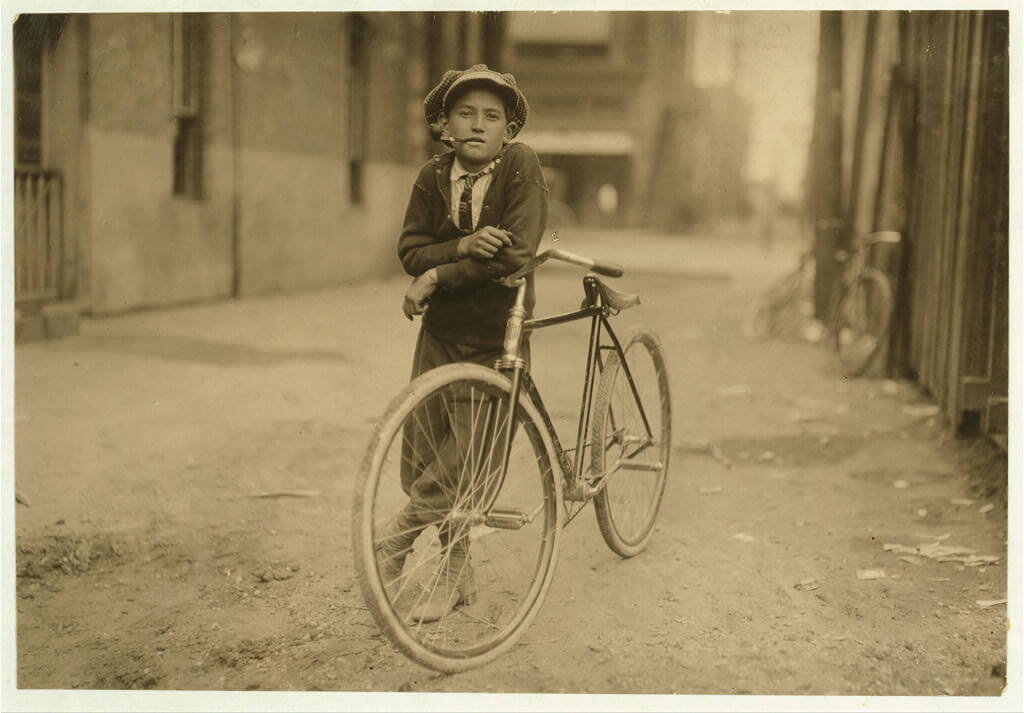 Lewis Wickes Hine - messenger boy with bike