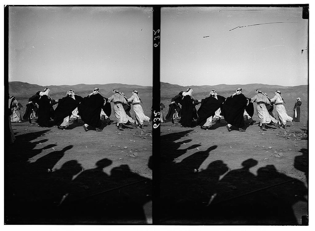 Bedouin wedding series - Playing cat and mouse
