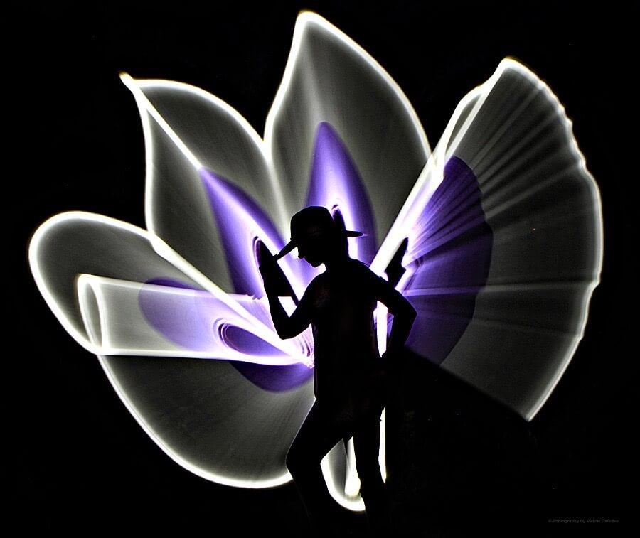 Valerie DeBiase - silhouette light painting