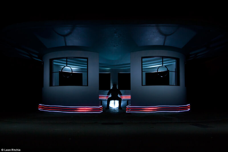 Leon Ritchie - light painting architecture
